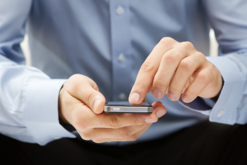 Smartphones at risk of malicious code injection through HTML5-based apps