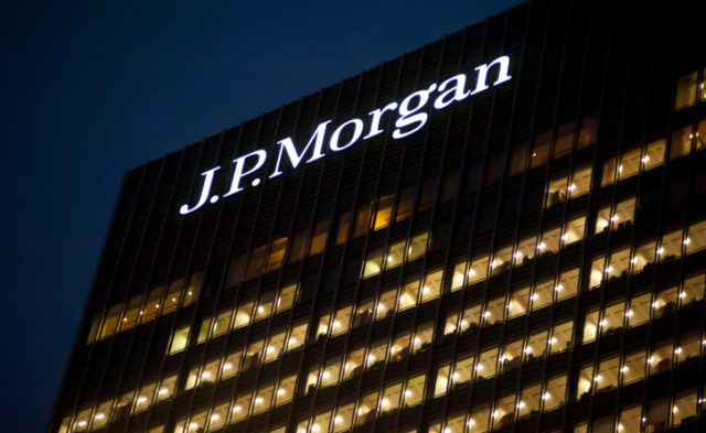 JPMorgan Chase continues to struggle with its data breach.