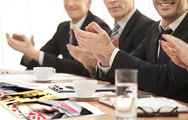 businessmenclapping41_634688