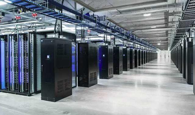 facebook server