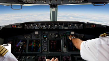 Researcher demonstrates Android app that could hack airplanes
