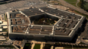 Pentagon clears new versions of Samsung, BlackBerry for mobile use